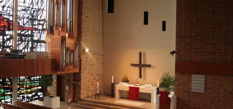 Bilder Kirche für Konfirmation 2010 001